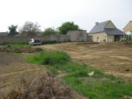 Le terrain après le terrassement en mai l'an dernier